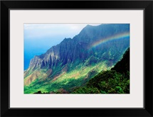 Hawaii, Kauai, Napali Coast, Kokee State Park, Kalalau Valley Viewpoint With Rainbow