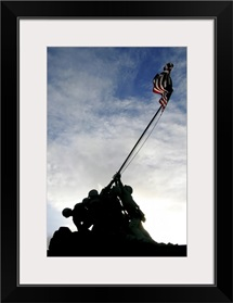 Silhouette of the Iwo Jima statue