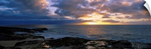 Sunset over the ocean, Makaha Beach Park, Oahu, Hawaii
