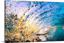 Hawaii, Maui, Makena, Beautiful Blue Wave Breaking At The Beach