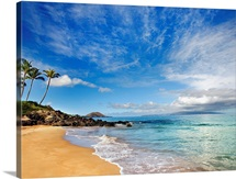 Hawaii, Maui, Makena, Secret Beach, Turquoise Ocean With Palm Trees And Sandy Beach