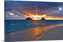 Hawaii, Oahu, Lanikai, Sunrise With The Mokulua Islands In The Distance