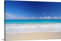 Hawaii, Pristine White Sand Beach With Clear Turquoise Water, Blue Sky On Horizon