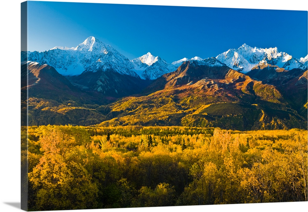 Scenic view of Chugach Mountains along Matanuska Valley in Southcentral Alaska