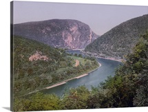 Delaware Water Gap from Winona Cliff
