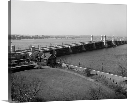 Vintage photograph of Longfellow Bridge and Charles River, Boston, Massachusetts