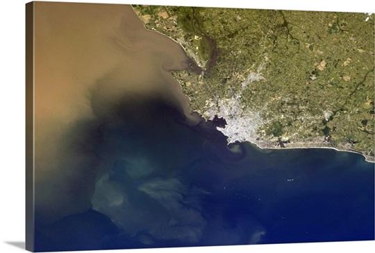 Montevideo, Uruguay - the sharp points of land making cowlicks in Rio de La Plata