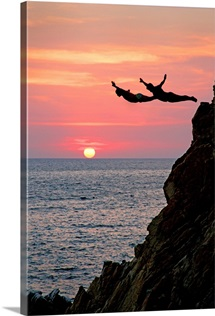 Acapulco Cliff Divers At Sunset