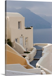Greece, Santorini, Thira, Oia, Pathway To End Villa Overlooking The Sea