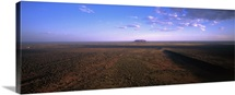Australia, Northern Territory, Ayers Rock (Uluru), the largest monolith in the world