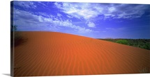 Australia, Northern Territory, Red Center desert, view towards Ayers Rock (Uluru)