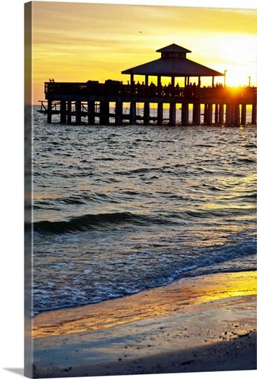 Florida fort myers beach estero island fort myers beach for Fort myers beach fishing pier