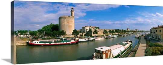 France languedoc roussillon aigues mortes canal towards - Office du tourisme grau du roi languedoc roussillon ...