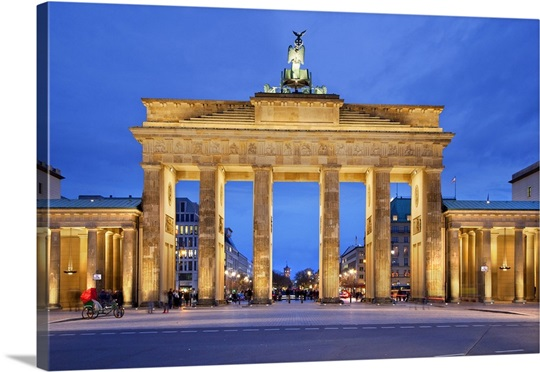 germany berlin berlin mitte brandenburg gate photo canvas print great big canvas. Black Bedroom Furniture Sets. Home Design Ideas
