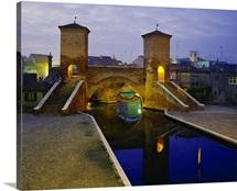 Italy, Emilia Romagna, Comacchio town, triple-bridge or Trepponti