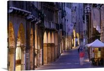 Italy, Veneto, Treviso, Calmaggiore, main street in the old town