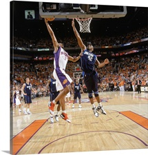 Boris Diaw 3 of the Phoenix Suns reaches for the basket