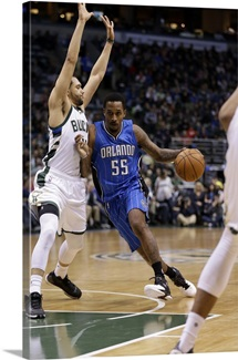 Brandon Jennings of the Orlando Magic drives to the hoop