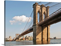 Brooklyn Bridge seen in lower Manhattan waterfront, New York.
