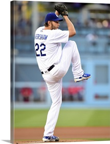 Clayton Kershaw of the Los Angeles Dodgers pitches to the Cincinnati Reds