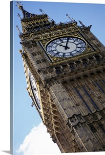 England, London, Big Ben, low angle view
