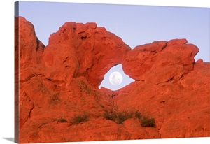 Kissing Camels Formation With Full Moon In Arch In Garden Of The Gods Colorado Springs Photo