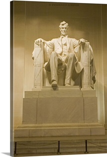 Low angle view of a statue, Abraham Lincoln, Washington DC, USA
