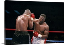 Michael Moorer and Mike Evans in action during a bout in Reno, Nevada.