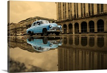 old blue car in Havana