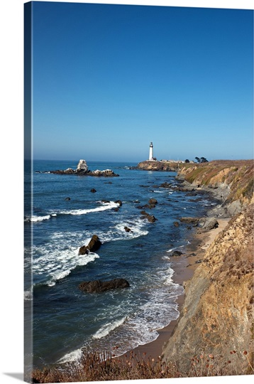 Pigeon Point Lighthouse. Pacific coast. California. USA