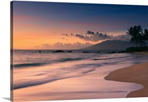 Poolenalena beach at sunset, Maui, Hawaii.