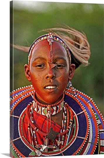 Popular necklaces worn by Maasai women, beaded flat disc that surrounds neck