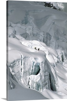 Snowboarding from Mount Everest