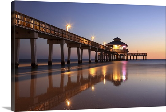 Sunset at fishing pier fort myers beach florida photo for Fish house fort myers beach