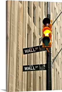 Wall street traffic light
