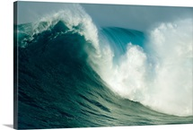 A powerful wave, or Jaws, off the north shore of Maui Island