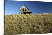 Abandoned house in a field, Parkbeg, Saskatchewan, Canada
