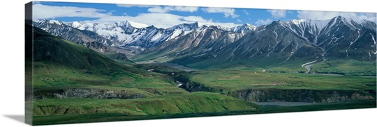 denali national park big and beautiful singles Denali national park is one of alaska's most popular destinations everything about denali national park is big, from animal inhabitants like grizzlies, moose and caribou to north america's highest peak, the venerable mt mckinley.