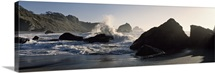 California, Luffenholtz Beach, View of waves crashing on rocks at a beach
