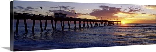 Fishing pier over the sea at dusk venice fishing pier for Sarasota fishing pier