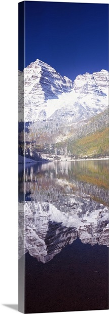 Reflection of a mountain in a lake, Maroon Bells, Aspen, Pitkin County, Colorado,