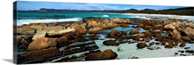 Rocks on the beach, Friendly Beaches, Freycinet National Park, Tasmania, Australia