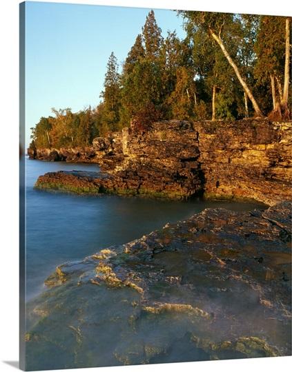 Rocky Shoreline Cliffs Lake Michigan Cave Point County