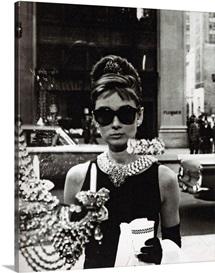 Audrey Hepburn B