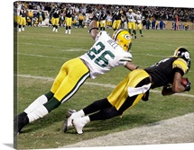 Mike Wallace Makes the Winning Catch