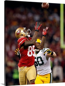 Packers 49ers Football - Vernon Davis