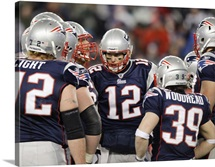 Patriots Huddle Tom Brady