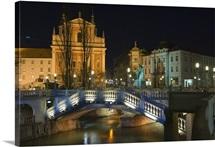 Tromstovje Triple bridge and Franciscan Church, Ljubljana, Slovenia