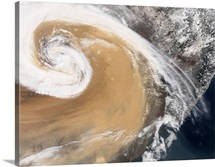 An Asian dust storm crosses the Pacific
