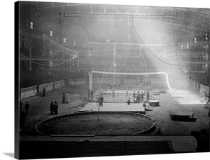 Workers Setting Up For Circus Week At Madison Square Garden In New York City Photo Canvas Print
